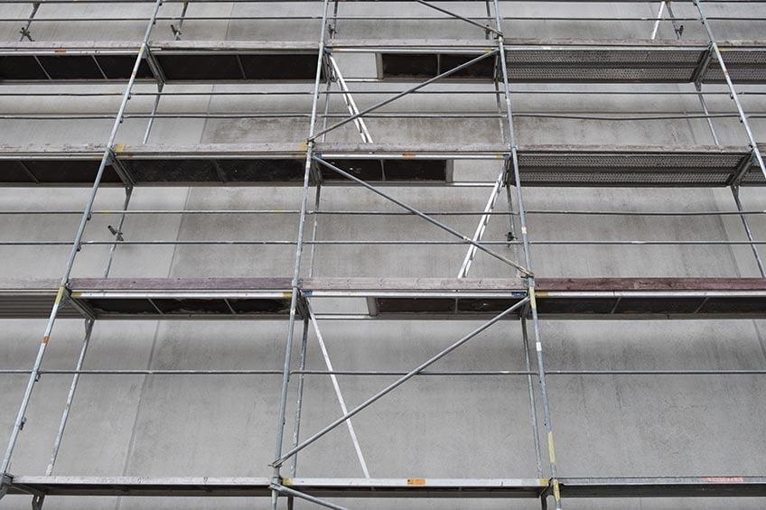 Mobilieji bokšteliai ar statybiniai pastoliai – ką pasirinkti?